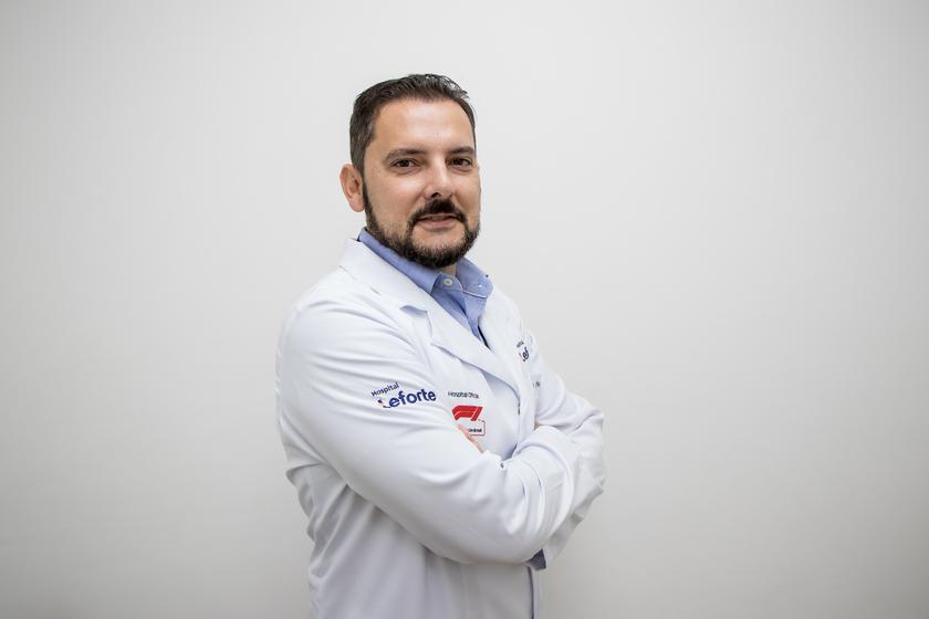 Dr. Ricardo Fernandes Waknin